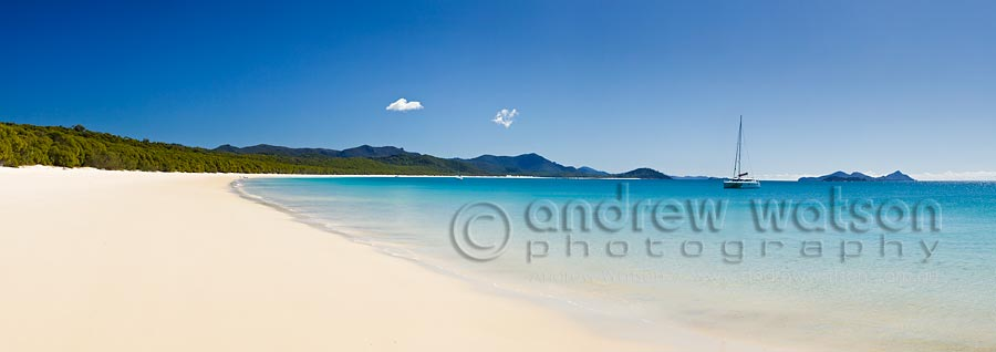 Clear waters and white sands of Whitehaven Beach